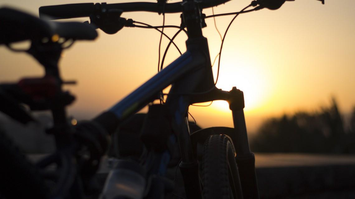 bike-1517763_1920