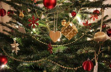 Weihnachtsbaum zum Artikel-Thema Weihnachtsvideos