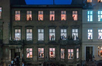 Berliner Haus und Bewohner, zum Artikel: In der Fremde: Fotograf zeigt Facetten der Berliner Nacht