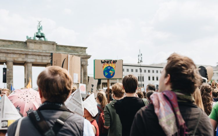 fridays for future, Berlin: Klimastreik vor dem Brandenburger Tor